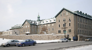 hotel_dieu_montreal_2010